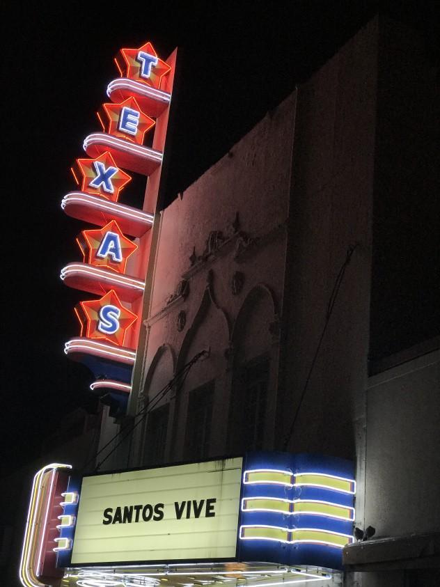 Texas_Theatre_OakCliff.jpg