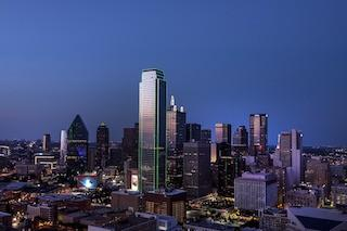Elevator plunges in downtown Dallas