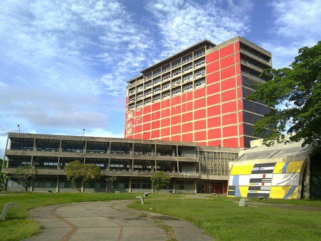 Biblioteca_Central_UCV.jpg